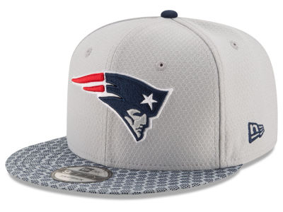 New England Patriots New Era 2017 NFL Official Sideline 9FIFTY Snapback Cap
