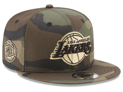 Los Angeles Lakers New Era NBA Metallic Woodland 9FIFTY Snapback Cap