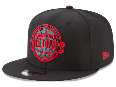 Detroit Pistons New Era NBA Patent Blackout 9FIFTY Snapback Cap
