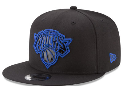 New York Knicks New Era NBA Patent Blackout 9FIFTY Snapback Cap