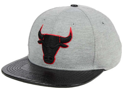 Chicago Bulls Pro Standard NBA Heather Leather Strapback Cap