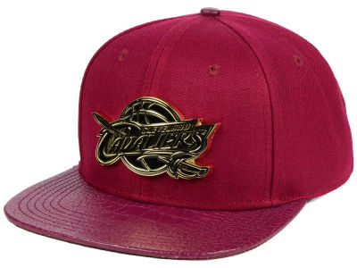 Cleveland Cavaliers Pro Standard NBA Team Metal Strapback Cap