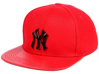 New York Yankees Pro Standard MLB Team Metal Strapback Cap