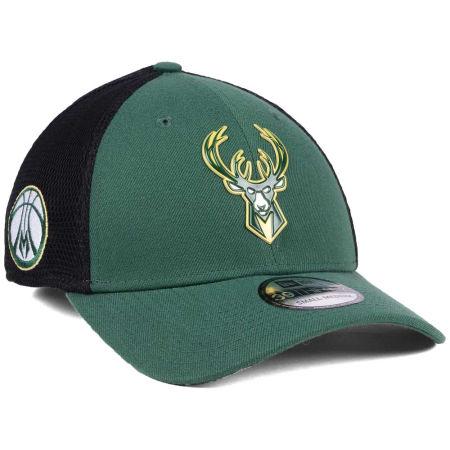 Milwaukee Bucks New Era 2017 NBA On Court 39THIRTY Cap