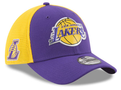 Los Angeles Lakers New Era 2017 NBA On Court 39THIRTY Cap