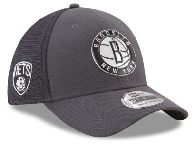 Brooklyn Nets New Era 2017 NBA On Court Graph 39THIRTY Cap