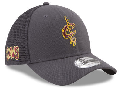 Cleveland Cavaliers New Era 2017 NBA On Court Graph 39THIRTY Cap
