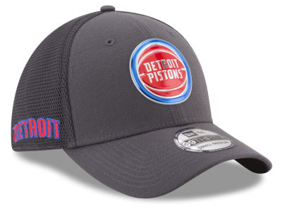 Detroit Pistons New Era 2017 NBA On Court Graph 39THIRTY Cap