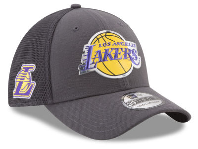 Los Angeles Lakers New Era 2017 NBA On Court Graph 39THIRTY Cap