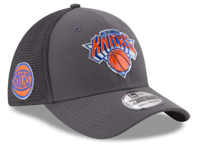 New York Knicks New Era 2017 NBA On Court Graph 39THIRTY Cap