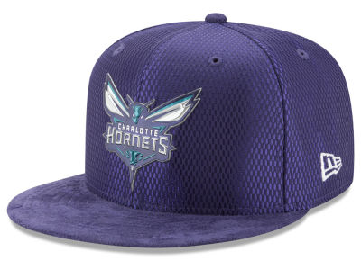 Charlotte Hornets New Era NBA On-Court Reverse Collection 59FIFTY Cap