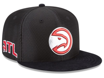 Atlanta Hawks New Era 2017 NBA On Court Reverse 9FIFTY Snapback Cap