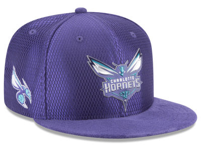 Charlotte Hornets New Era 2017 NBA On Court Reverse 9FIFTY Snapback Cap