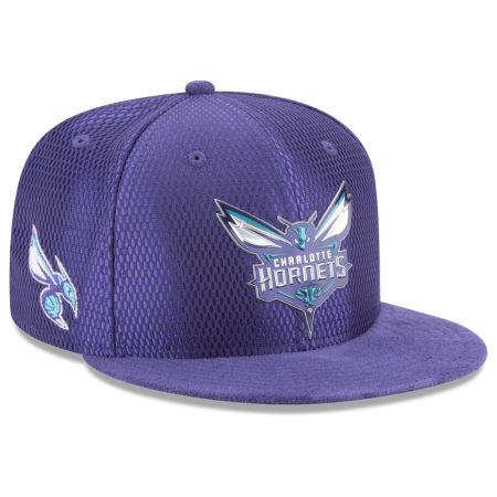 Charlotte Hornets New Era 2017 NBA On Court Reverse 9FIFTY Snapback Cap