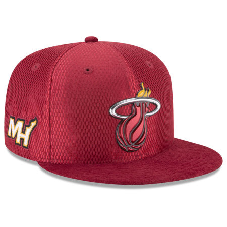Miami Heat New Era 2017 NBA On Court Reverse 9FIFTY Snapback Cap