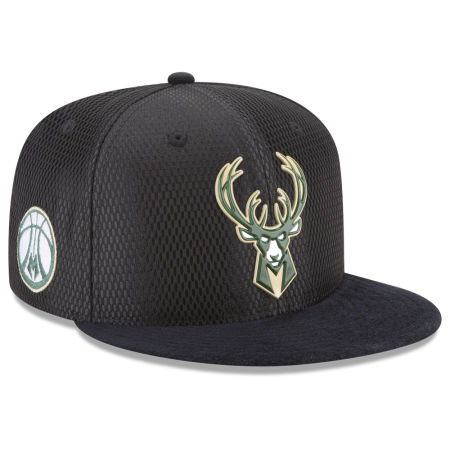Milwaukee Bucks New Era 2017 NBA On Court Reverse 9FIFTY Snapback Cap