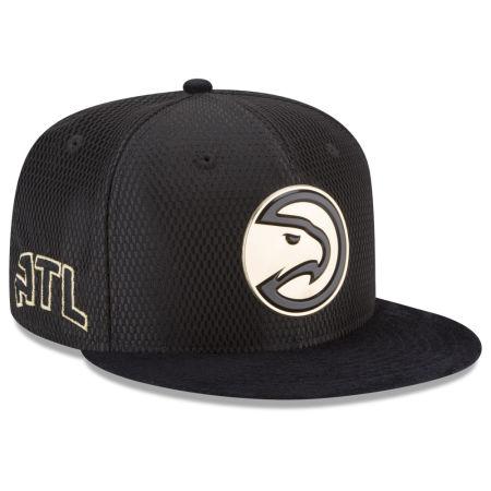 Atlanta Hawks New Era NBA On-Court Black Gold Collection 9FIFTY Snapback Cap