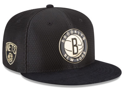 Brooklyn Nets New Era NBA On-Court Black Gold Collection 9FIFTY Snapback Cap