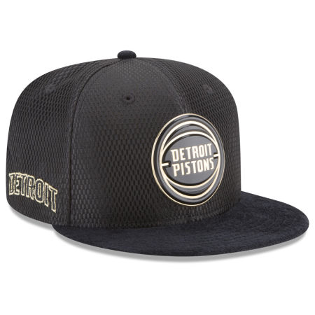 Detroit Pistons New Era NBA On-Court Black Gold Collection 9FIFTY Snapback Cap