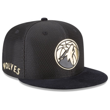 Minnesota Timberwolves New Era NBA On-Court Black Gold Collection 9FIFTY Snapback Cap