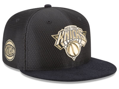 New York Knicks New Era NBA On-Court Black Gold Collection 9FIFTY Snapback Cap
