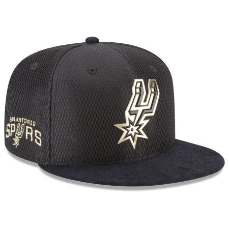 San Antonio Spurs New Era NBA On-Court Black Gold Collection 9FIFTY Snapback Cap