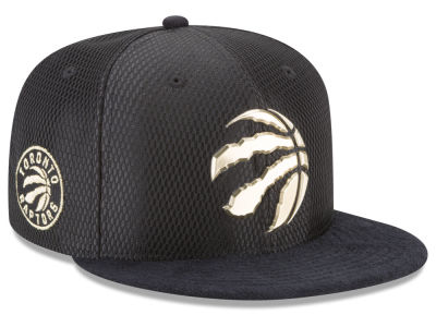 Toronto Raptors New Era NBA On-Court Black Gold Collection 9FIFTY Snapback Cap