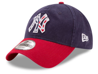 New York Yankees New Era 2017 MLB Stars & Stripes 9TWENTY Strapback Cap