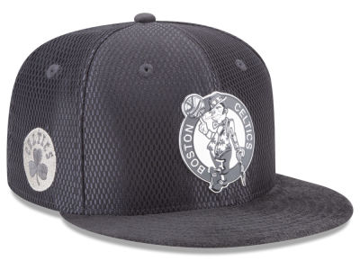 Boston Celtics New Era NBA On-Court Graphite Collection 9FIFTY Snapback Cap