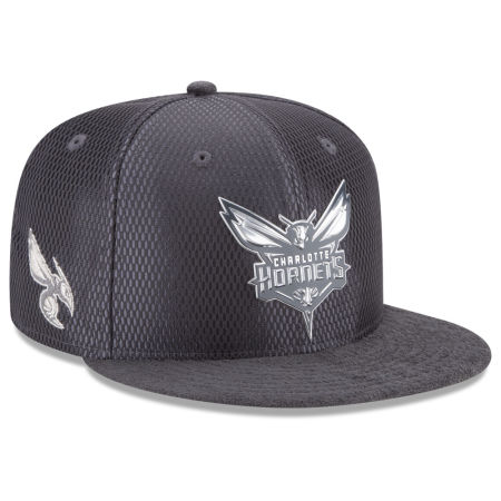 Charlotte Hornets New Era NBA On-Court Graphite Collection 9FIFTY Snapback Cap