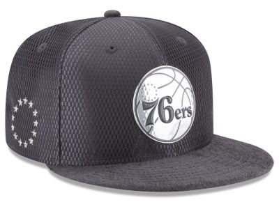 Philadelphia 76ers New Era NBA On-Court Graphite Collection 9FIFTY Snapback Cap