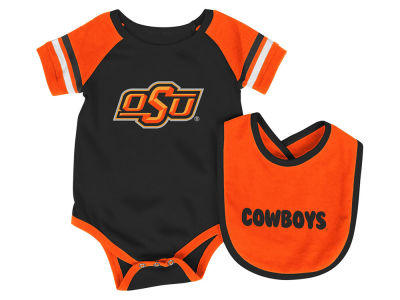 Oklahoma State Cowboys Colosseum NCAA Infant Rollout Onesie and Bib Set