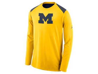 Michigan Wolverines Nike NCAA Men's Basketball Long Sleeve Shooter T-Shirt