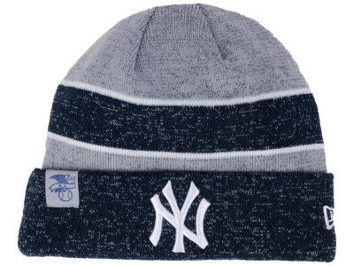 New York Yankees New Era 2017 MLB On Field Sport Knit