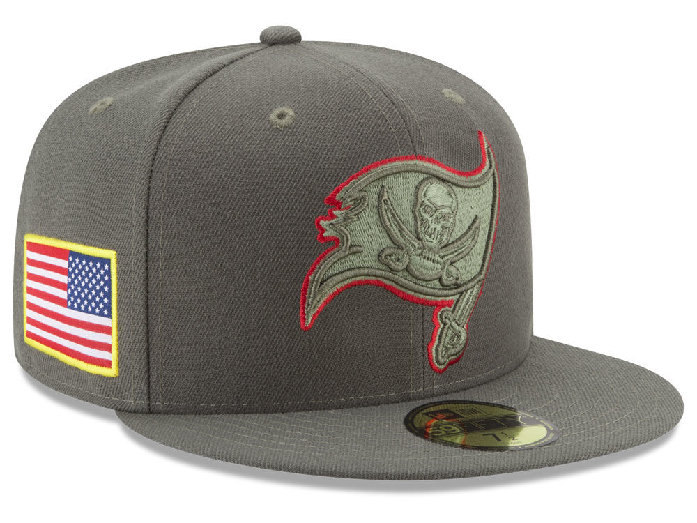 Tampa Bay Buccaneers New Era 2017 NFL Salute To Service 59FIFTY Cap ... 10a4d1d125d