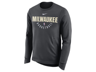 Milwaukee Bucks Nike NBA Men's Practice Therma Crew Sweatshirt
