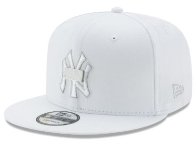 New York Yankees New Era MLB Pure Money 9FIFTY Snapback Cap