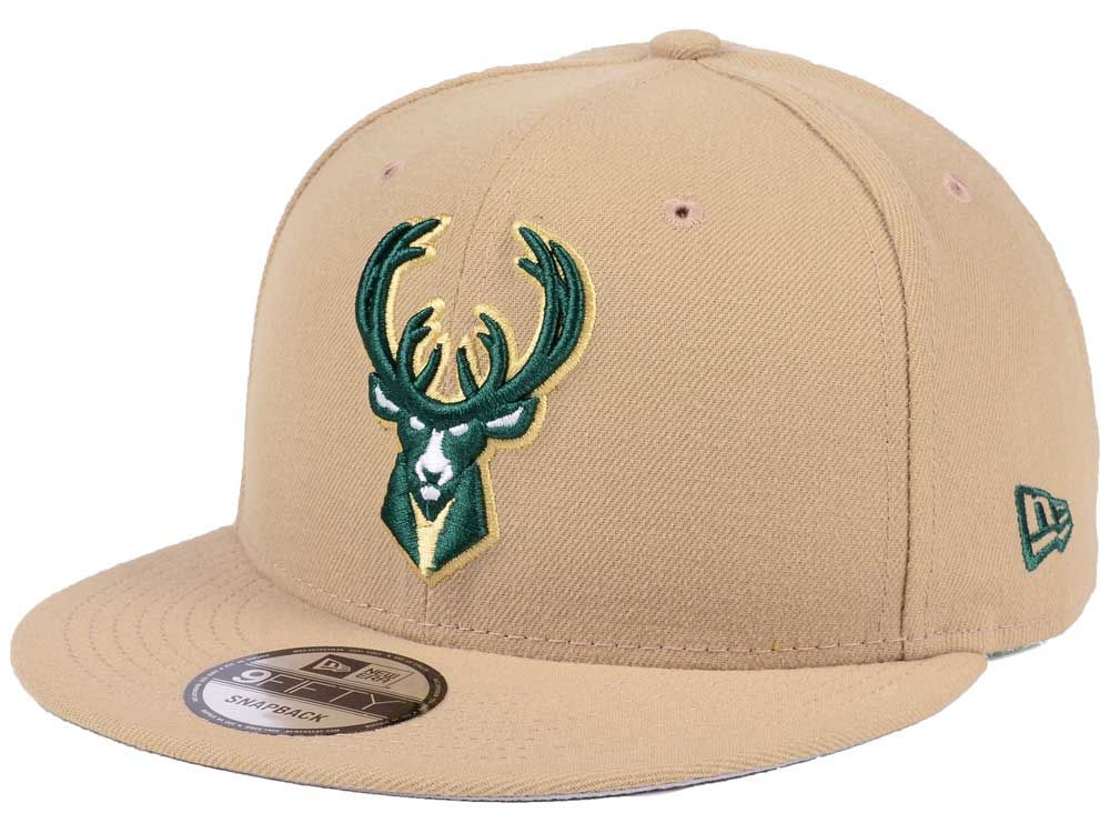 new product f1eaa 7c70a Milwaukee Bucks New Era NBA Solid Alternate 9FIFTY Snapback Cap   lids.com