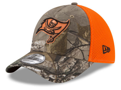 Tampa Bay Buccaneers New Era NFL Realtree Hunter Neo 39THIRTY Cap