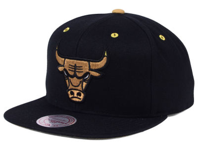 Chicago Bulls Mitchell & Ness NBA Chutney Hook Up Snapback Cap