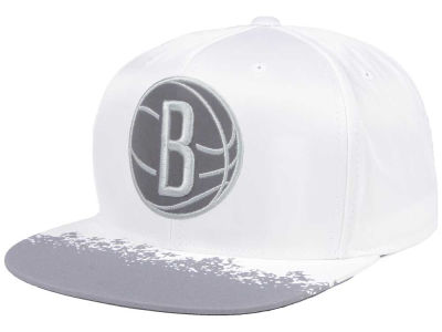 Brooklyn Nets Mitchell & Ness NBA Reflective Lava Snapback Cap