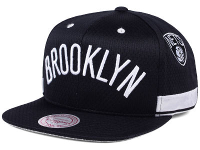 Brooklyn Nets Mitchell & Ness NBA Jersey Mesh Hook Snapback Cap