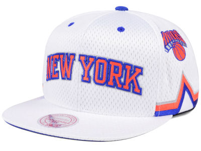 New York Knicks Mitchell & Ness NBA Jersey Mesh Hook Snapback Cap
