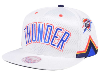 official photos f6c68 b37ab Oklahoma City Thunder Mitchell   Ness NBA Jersey Mesh Hook Snapback Cap