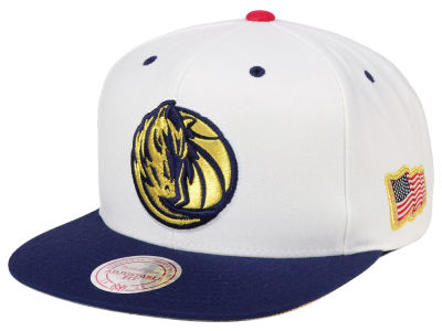 Dallas Mavericks Mitchell & Ness NBA USA 2Tone 2.0 Snapback Cap