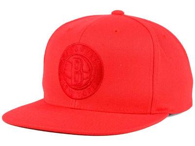 975e2630bf6 Brooklyn Nets Mitchell   Ness NBA Hyper Colors Snapback Cap