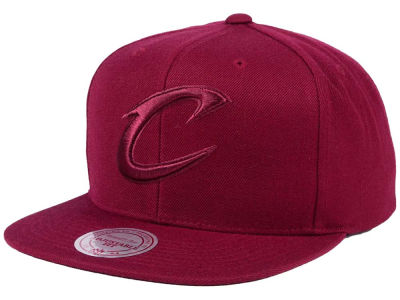 Cleveland Cavaliers Mitchell & Ness NBA Hyper Colors Snapback Cap