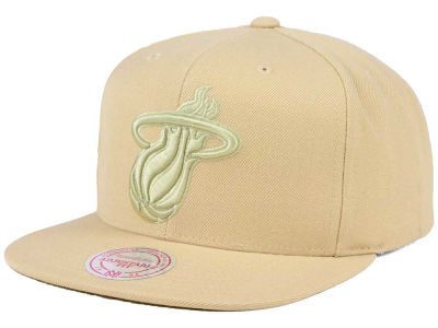 Miami Heat Mitchell & Ness NBA Hyper Colors Snapback Cap