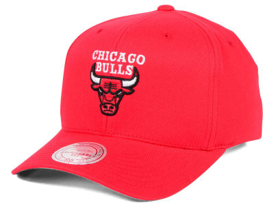 Chicago Bulls Mitchell & Ness NBA X Flex Fit Snapback Cap