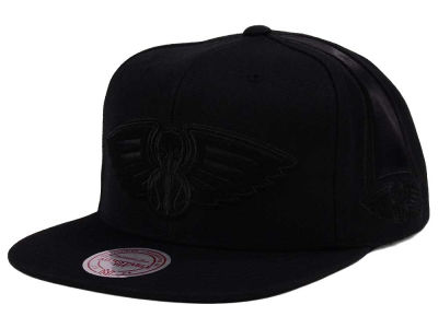 New Orleans Pelicans Mitchell & Ness NBA Tonal Short Hook Snapback Cap